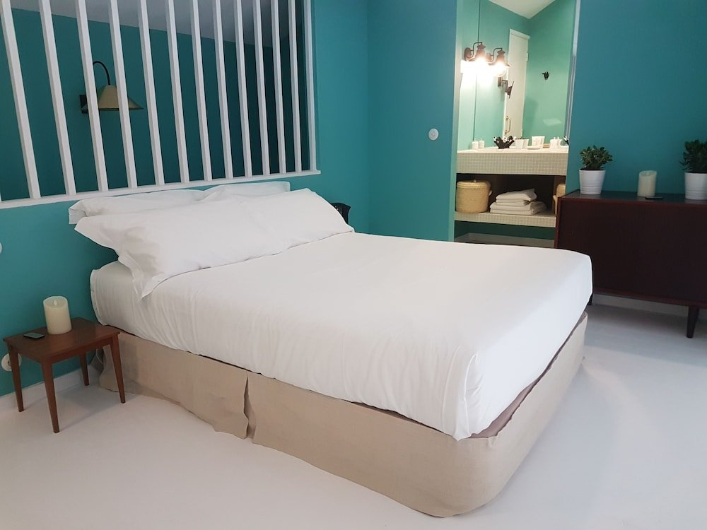 Cocorico Luxury Guest House Image 1