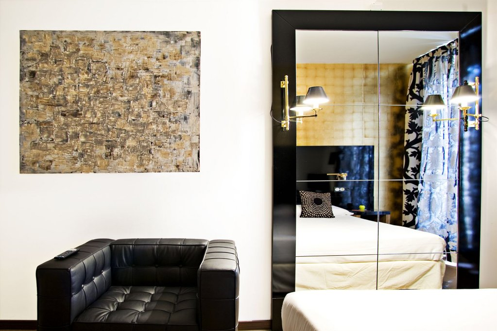 Room Mate Leo Hotel, Granada Image 10