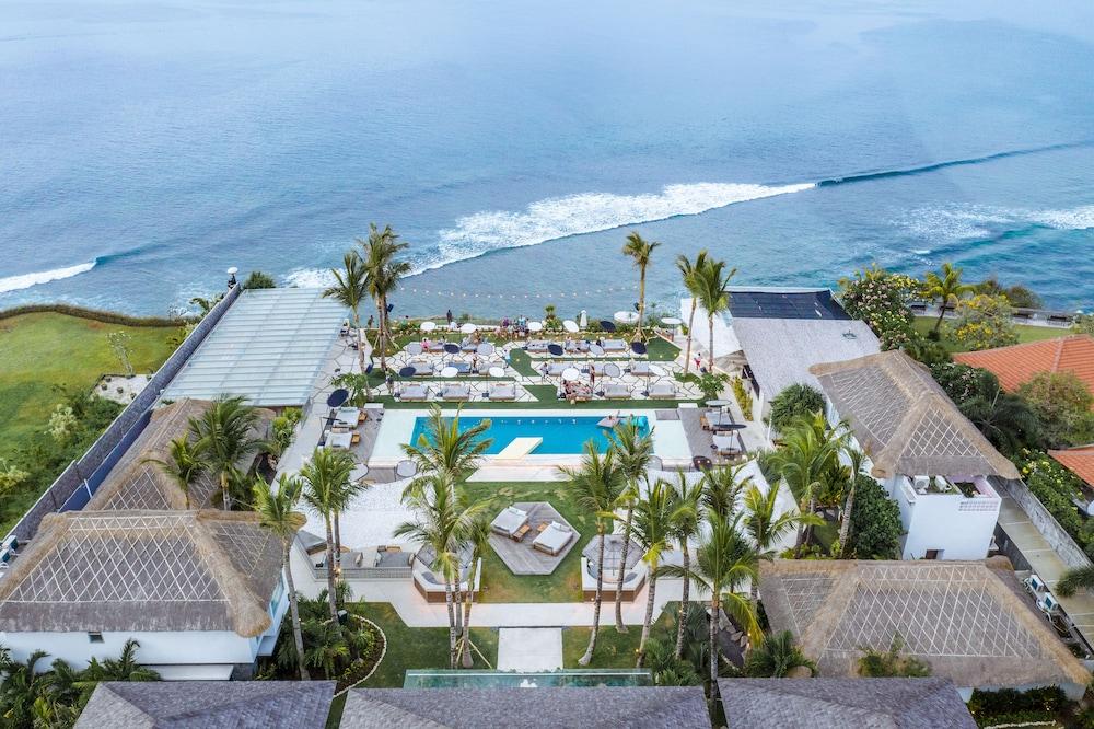 The Clubhouse At Ulu, Uluwatu, Bali Image 2