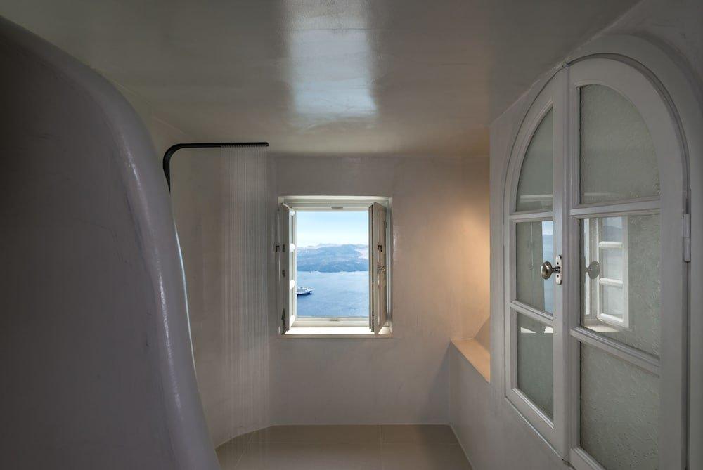 Nefeles Luxury Suites, Fira, Santorini Image 5