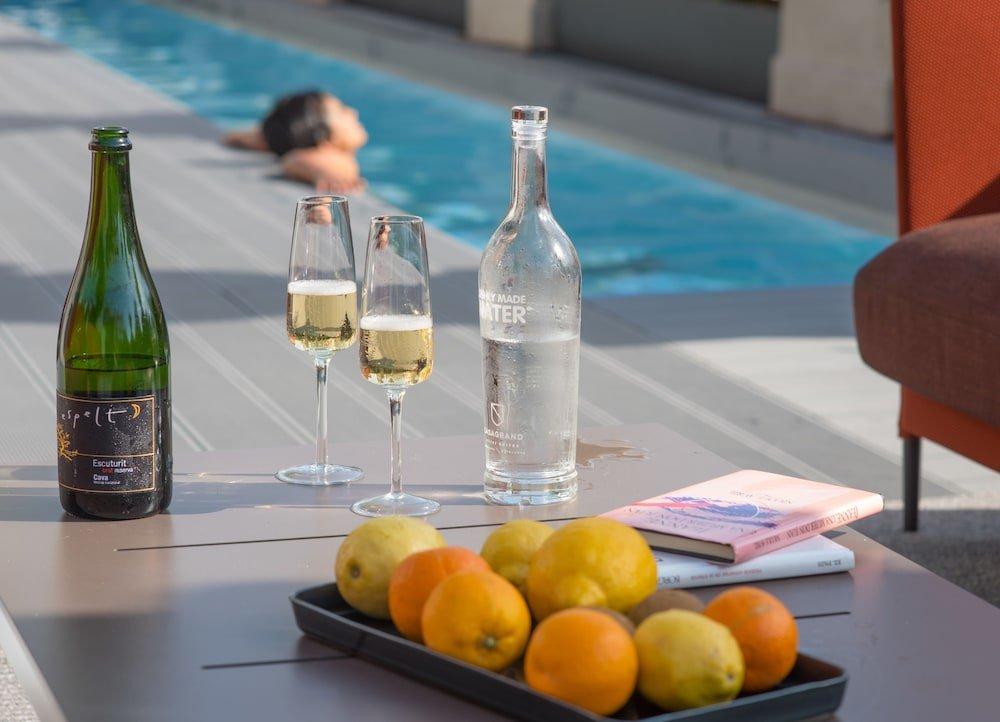 Casagrand Luxury Suites, Barcelona Image 17