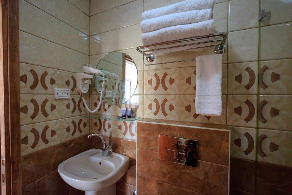 Hashimi Hotel, Jerusalem Image 24