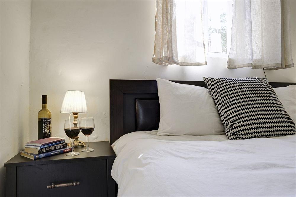 Neve Tzedek Original Style Apartments Image 29