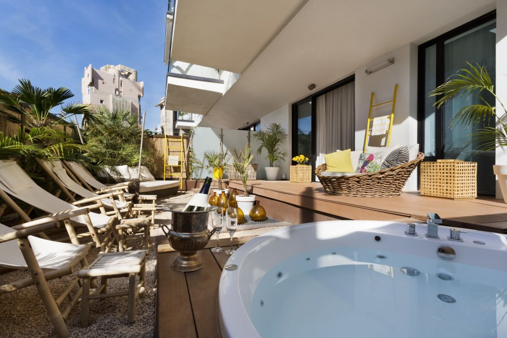 Brown Beach House By Brown Hotels, Tel Aviv Image 1