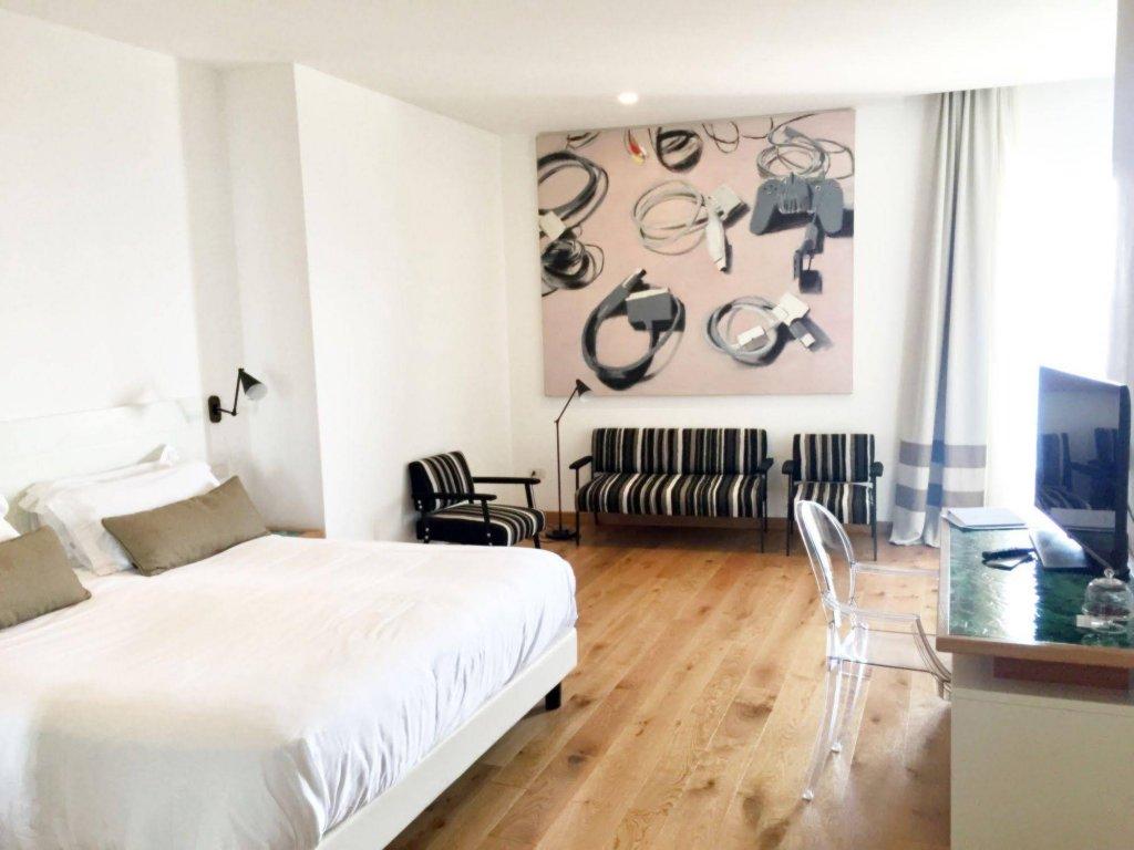 Villa Fiorella Art Hotel, Massa Lubrense Image 0