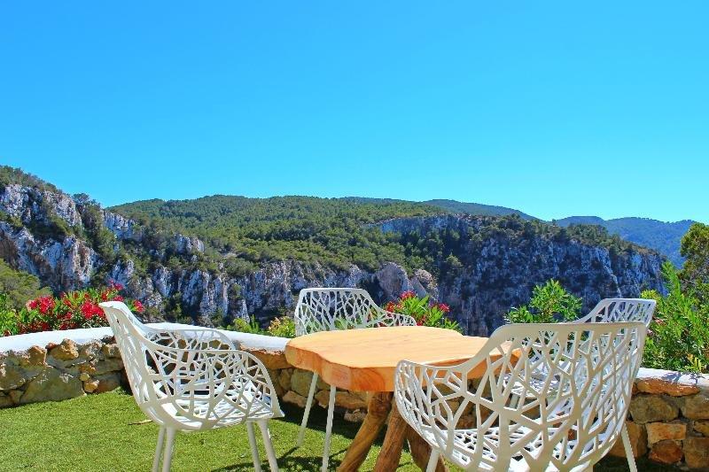 Hacienda Na Xamena, Puerto San Miguel, Ibiza Image 26