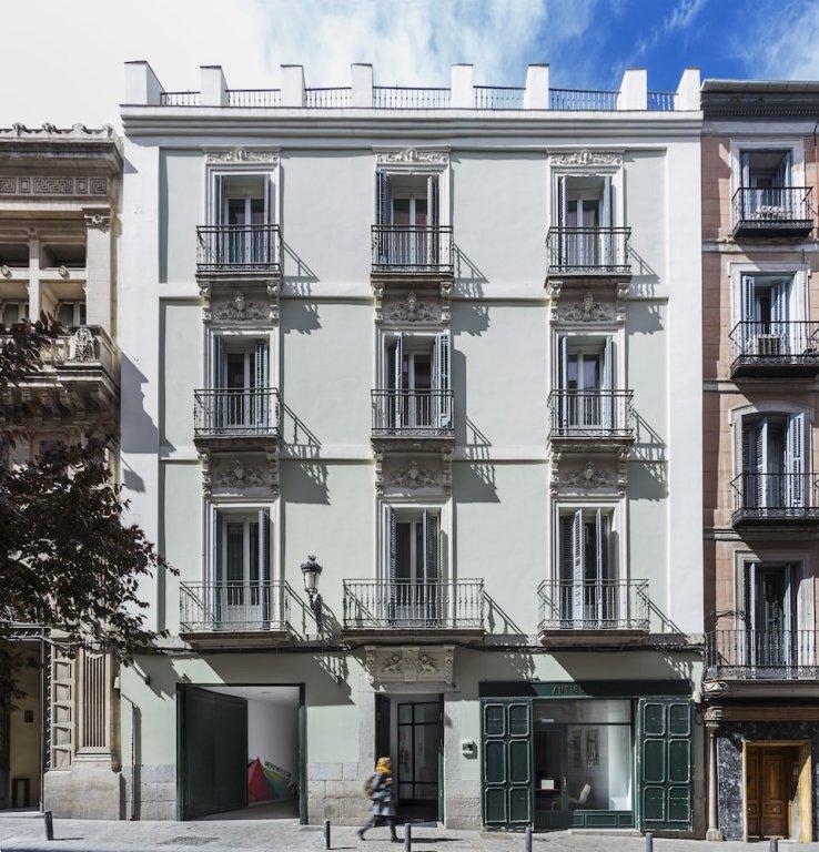 One Shot Prado 23, Madrid Image 7