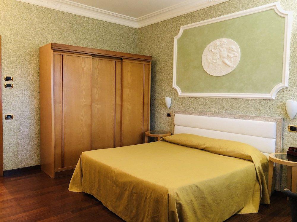 Grand Hotel Ambasciatori Wellness & Spa, Sorrento Image 9