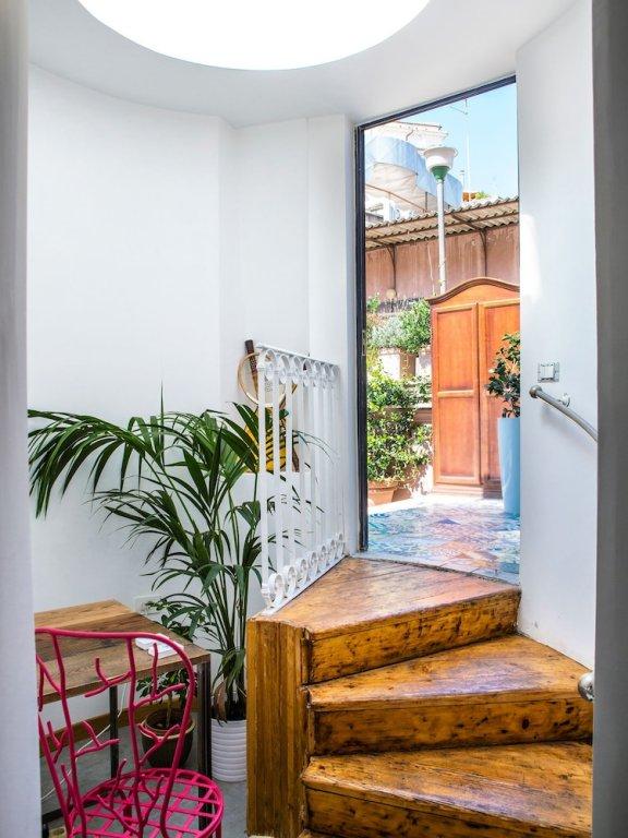 Salotto Monti, Rome Image 6