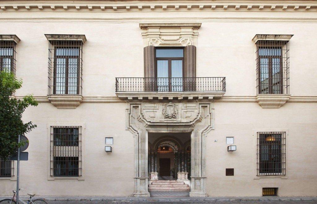 Hotel Palacio De Villapanes, Seville Image 9
