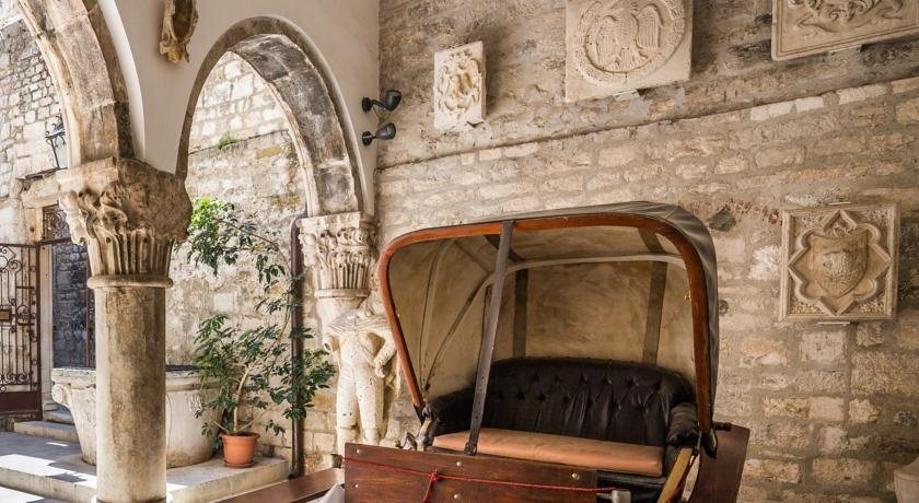 Boutique Hotel Luxe Image 5