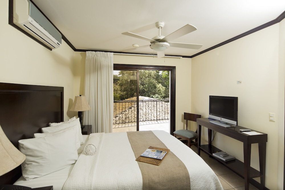 Hotel Villa Los Candiles Image 8