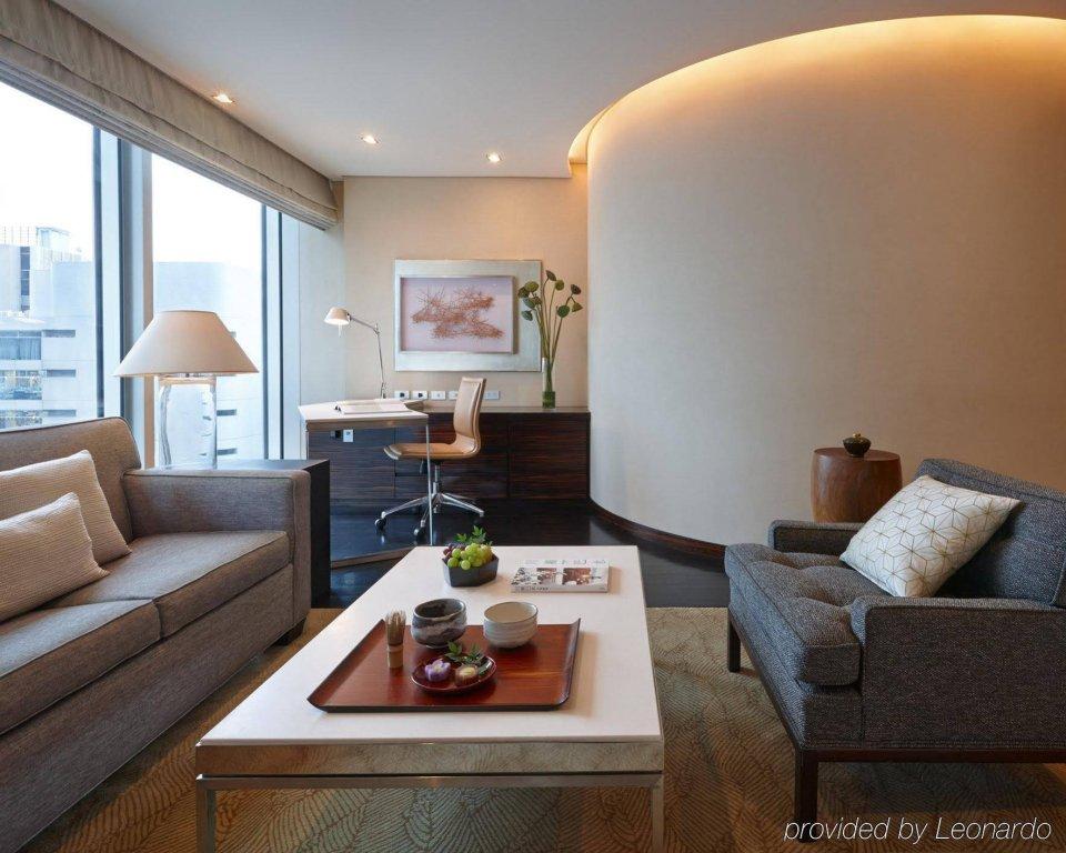 Four Seasons Hotel Tokyo At Marunouchi Image 15