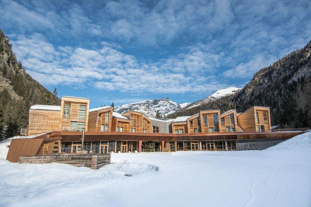 Campzero Active & Luxury Resort, Ayas Image 0