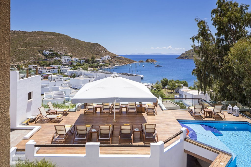 Petra Hotel And Suites, Patmos Image 13