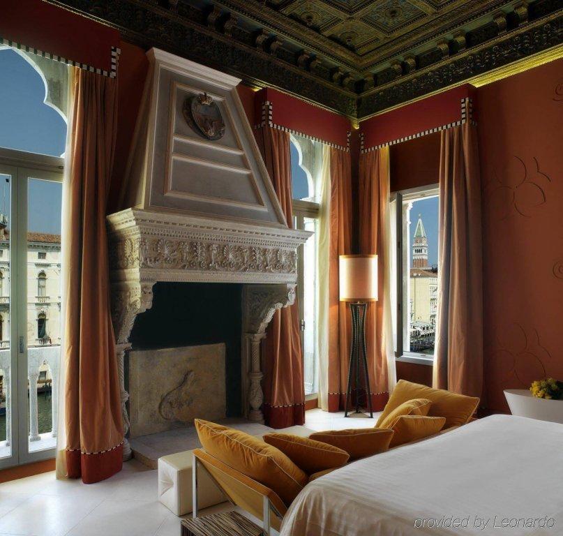 Sina Centurion Palace, Venice Image 1