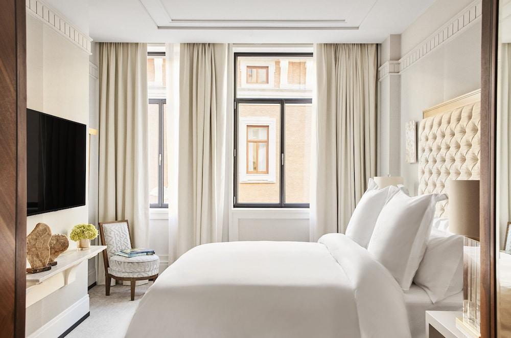 Four Seasons Hotel Madrid Image 7