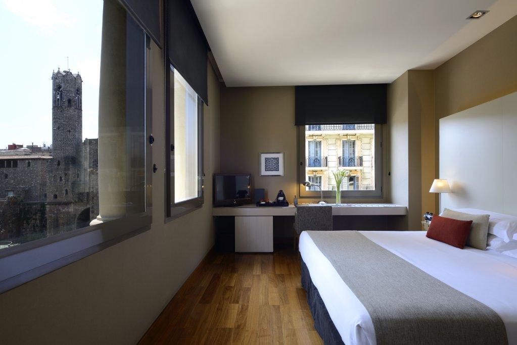 Grand Hotel Central, Barcelona Image 24