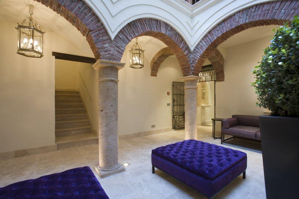 Hotel Claude, Marbella Image 6