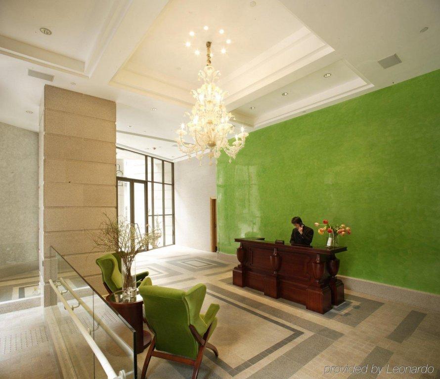 Lanson Place Hotel, Hong Kong Image 9