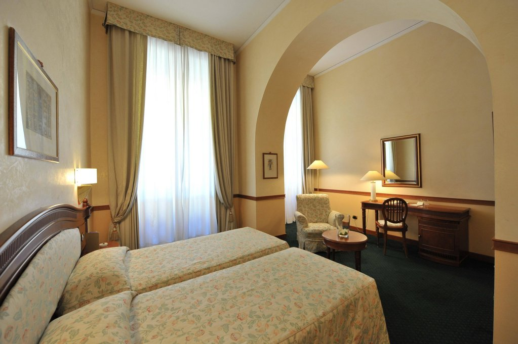 Hotel Degli Orafi, Florence Image 2