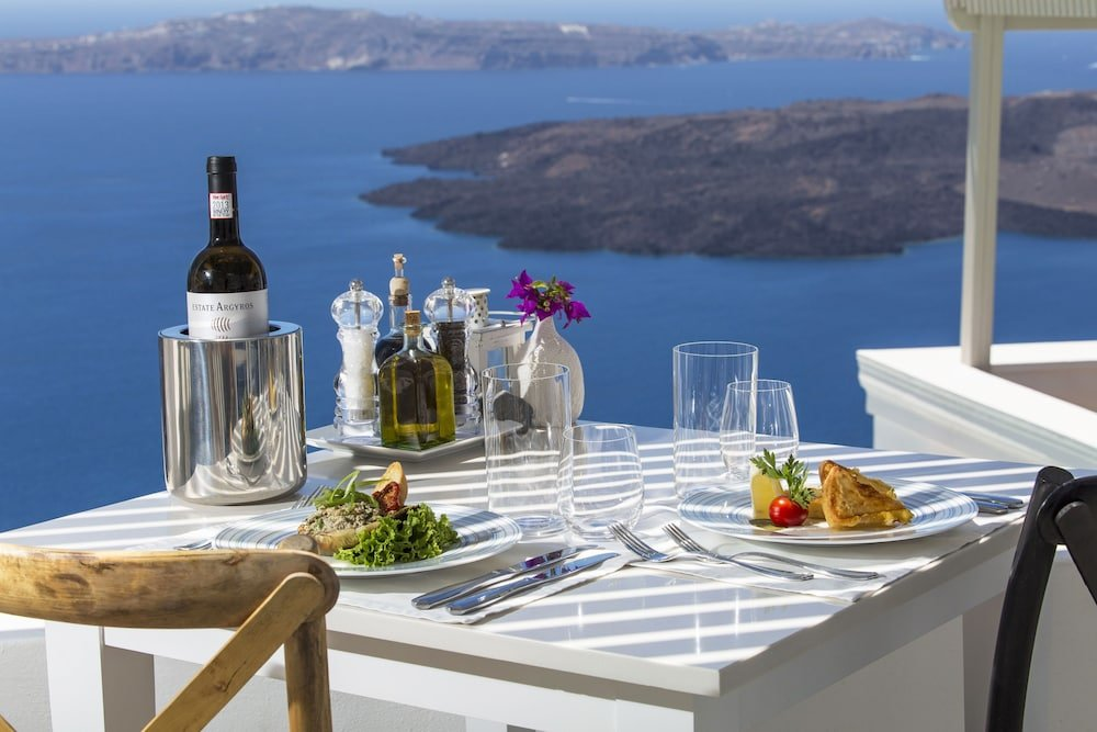 Iconic Santorini Image 15