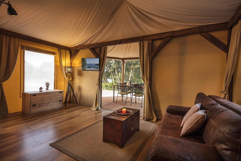 Mediteran Kamp Glamping Tents In Camping Navis Image 2