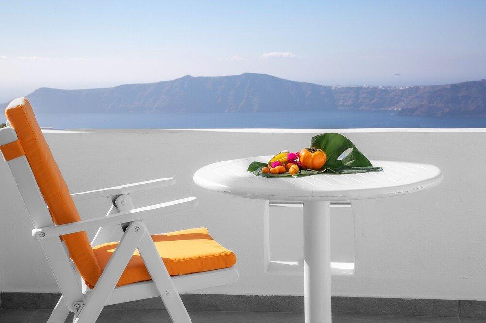 Abelonas Retreat, Santorini Image 30