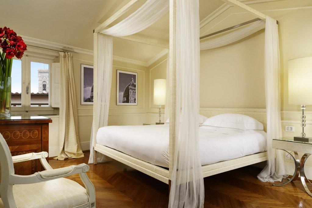 Brunelleschi Hotel, Florence Image 5
