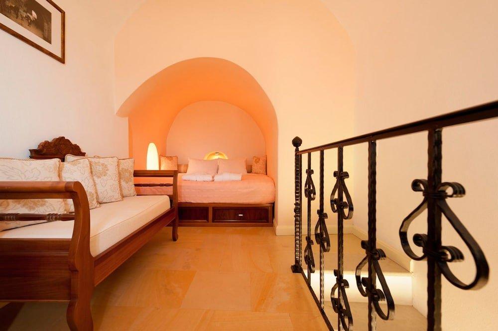 Nefeles Luxury Suites, Fira, Santorini Image 36