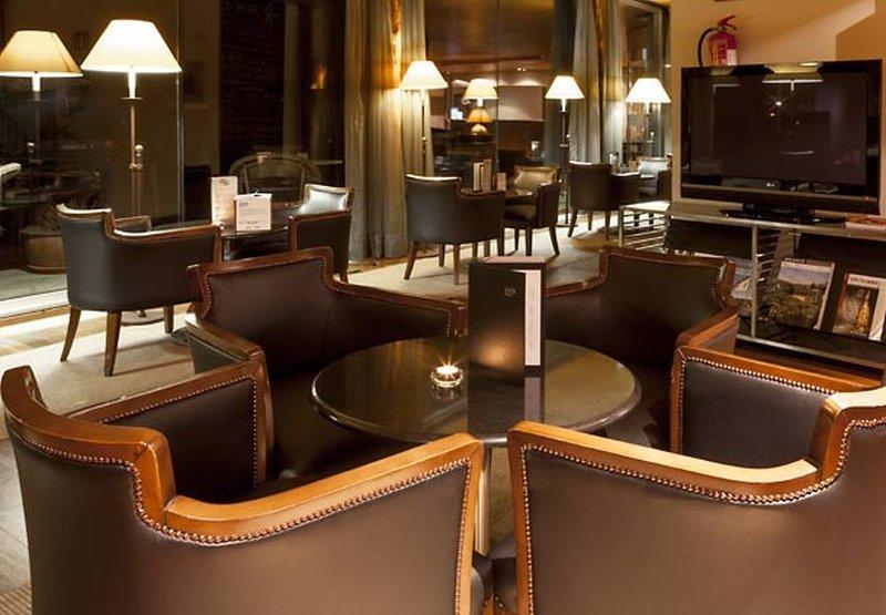 Ac Hotel Palacio Del Carmen, Santiago De Compostela Image 8