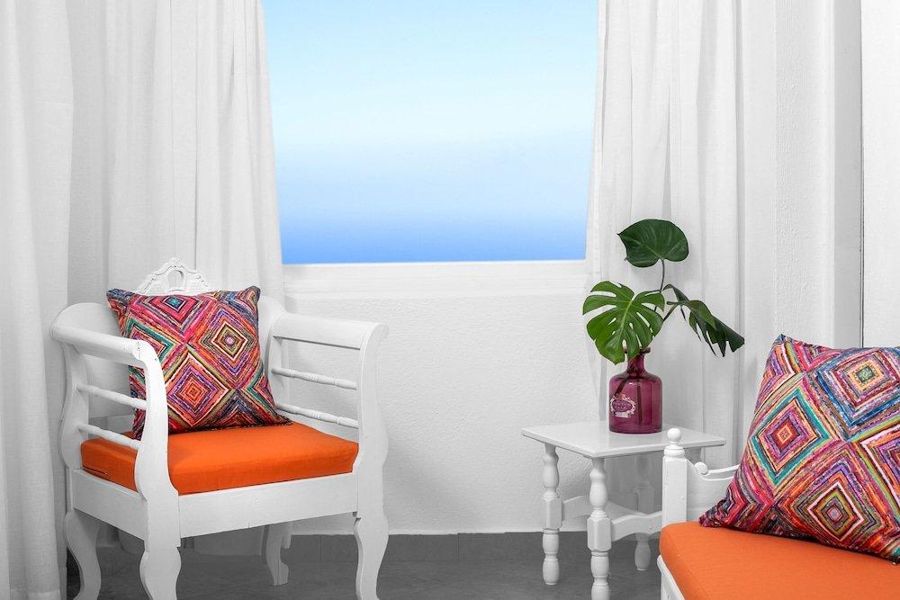 Abelonas Retreat, Santorini Image 21