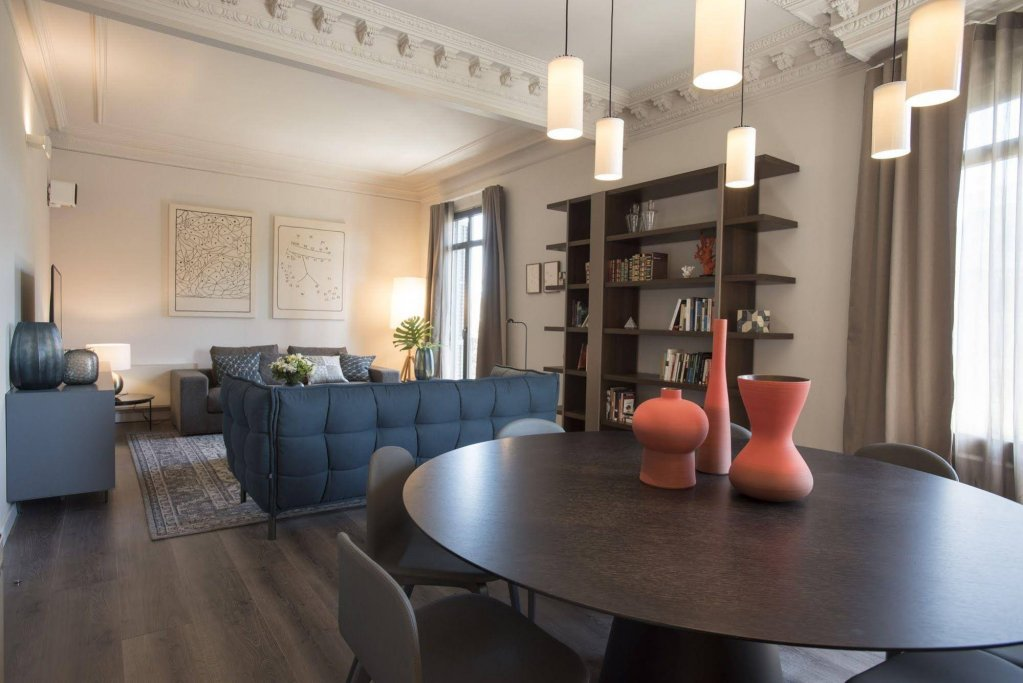 Casagrand Luxury Suites, Barcelona Image 18