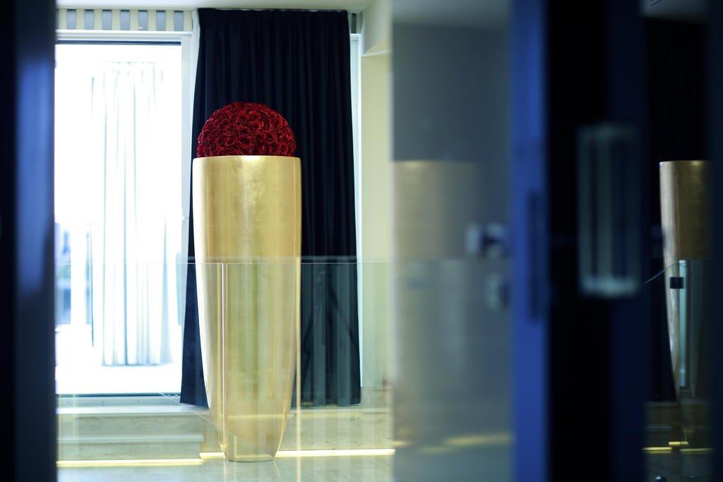 Hotel 9 Image 21