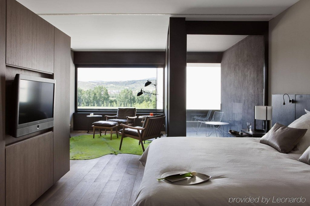 Hotel Alma Pamplona  - Muga De Beloso Image 0