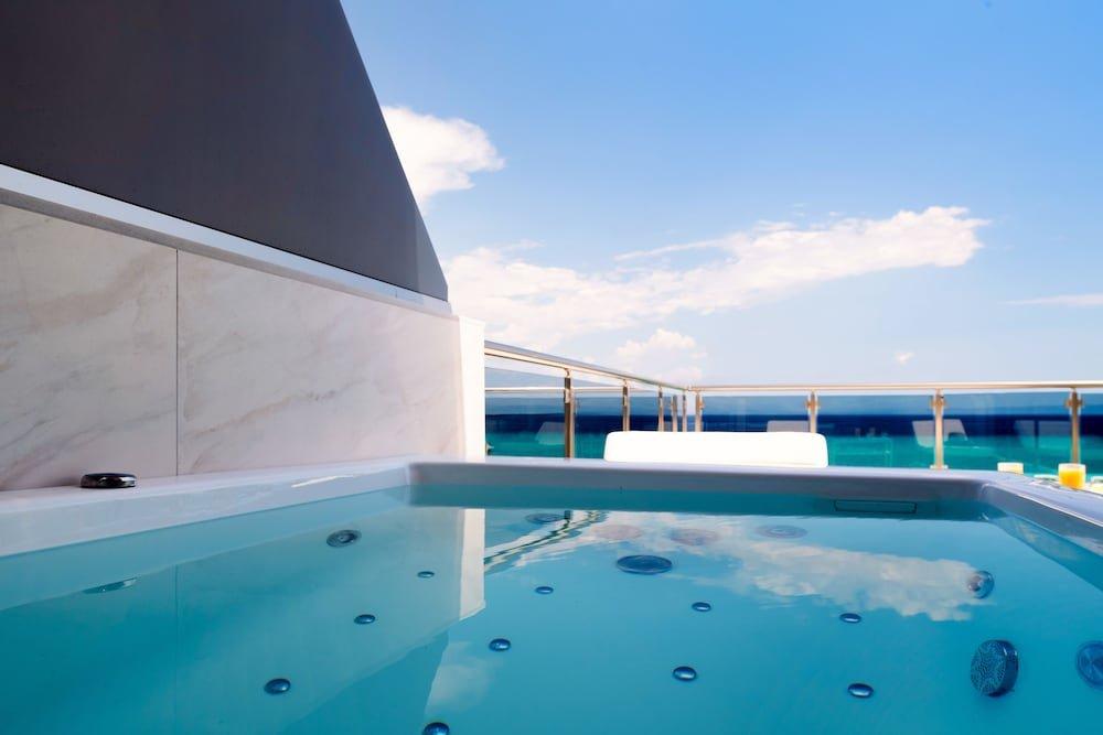 Sea Level Hotel Polychrono Image 18