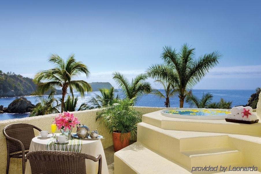 Secrets Huatulco Resort & Spa Image 0
