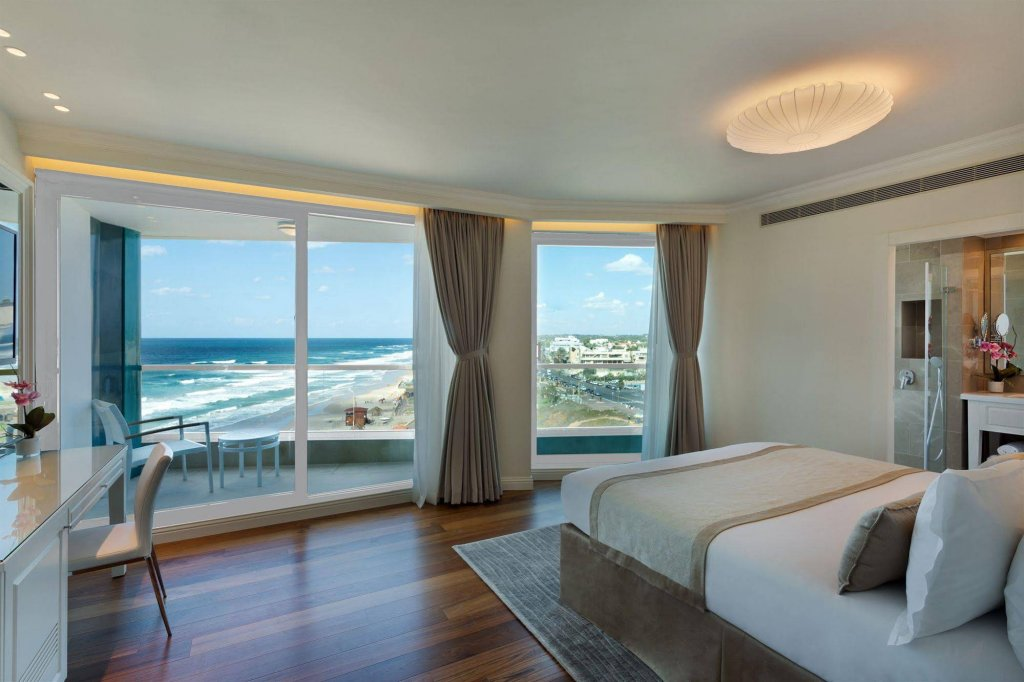 Okeanos Suites Herzliya Hotel By Herbert Samuel Image 0