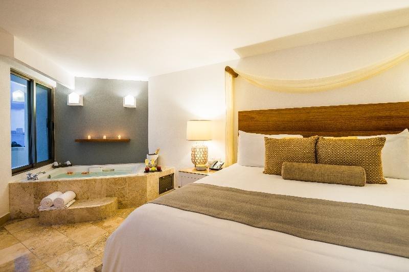 Villa Premiere Boutique Hotel & Romantic Getaway, Puerto Vallarta Image 11