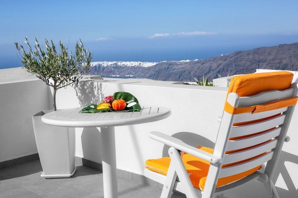 Abelonas Retreat, Santorini Image 25