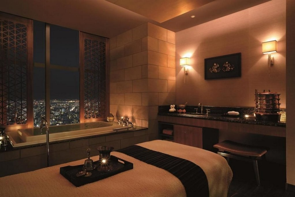 Shangri-la Hotel, Tokyo Image 4