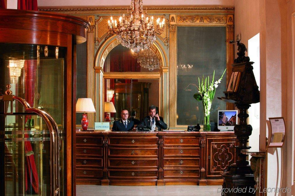 Rocco Forte Hotel De La Ville Image 1