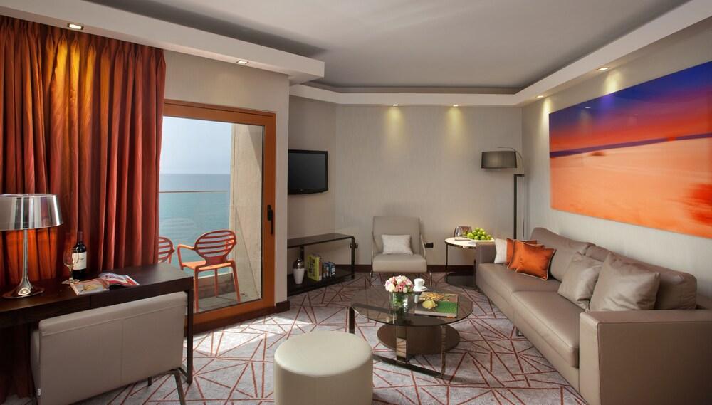 Carlton Tel Aviv Hotel - Luxury On The Beach Image 14