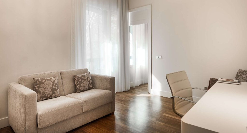 Nh Collection Madrid Abascal Image 2