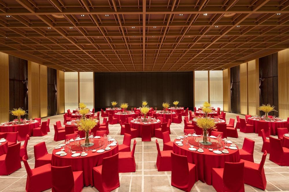 Hualuxe Xian Tanghua, An Ihg Hotel Image 53