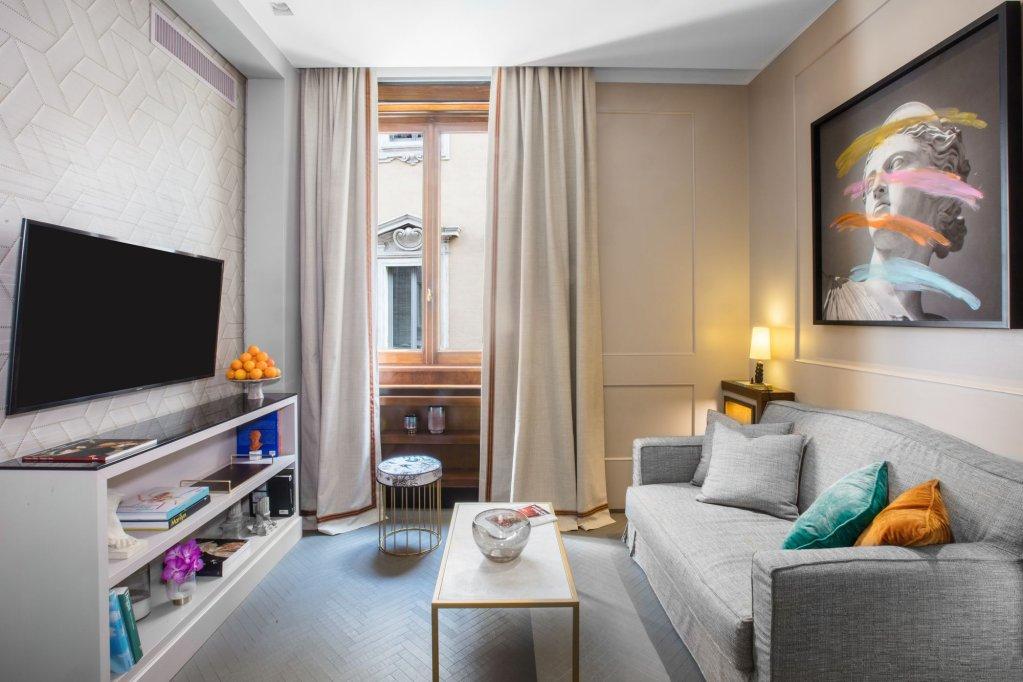 Singer Palace Hotel, Rome Image 1
