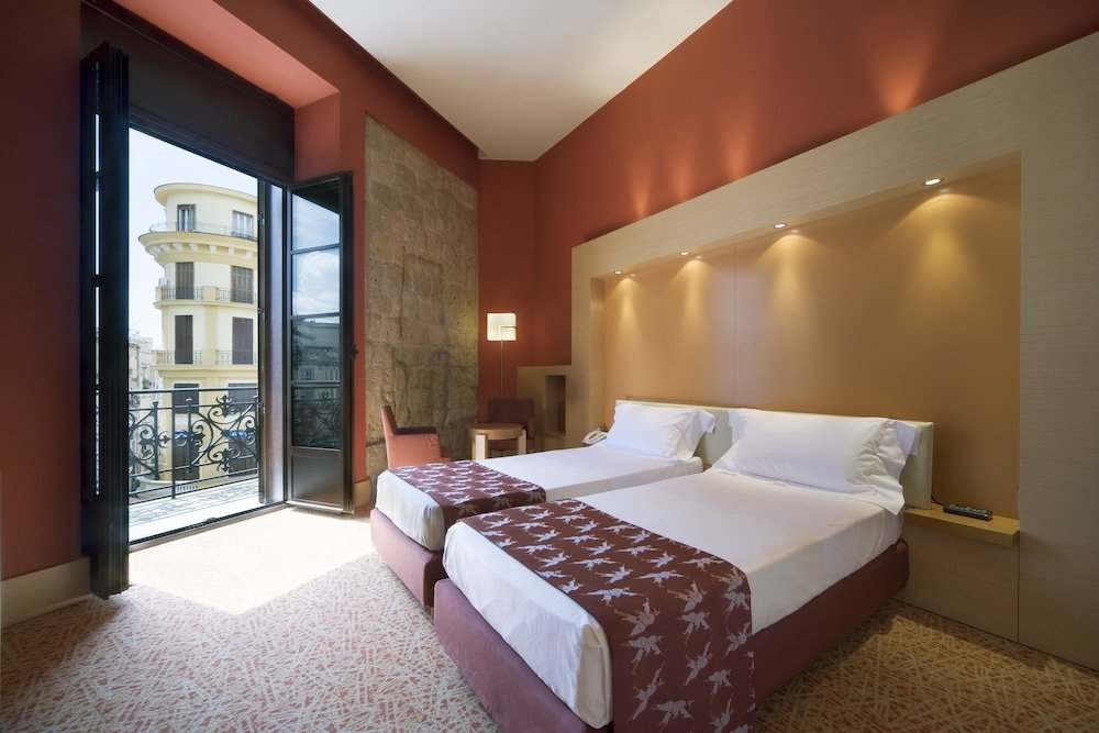 Unahotels Naples Image 9