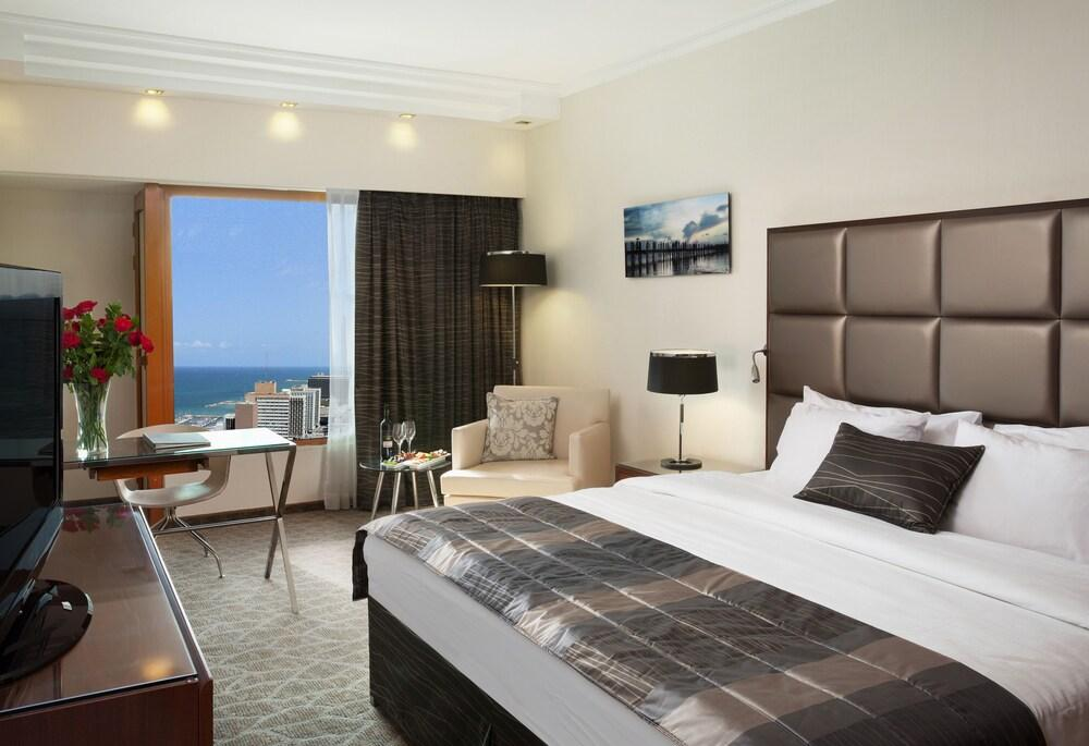 Carlton Tel Aviv Hotel - Luxury On The Beach Image 13