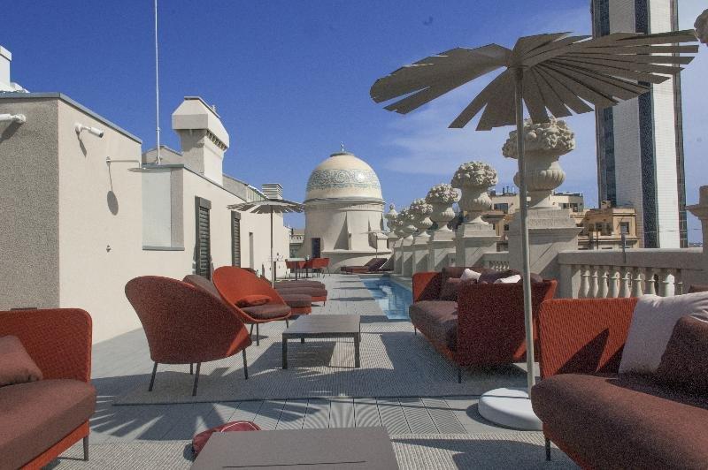 Casagrand Luxury Suites, Barcelona Image 3