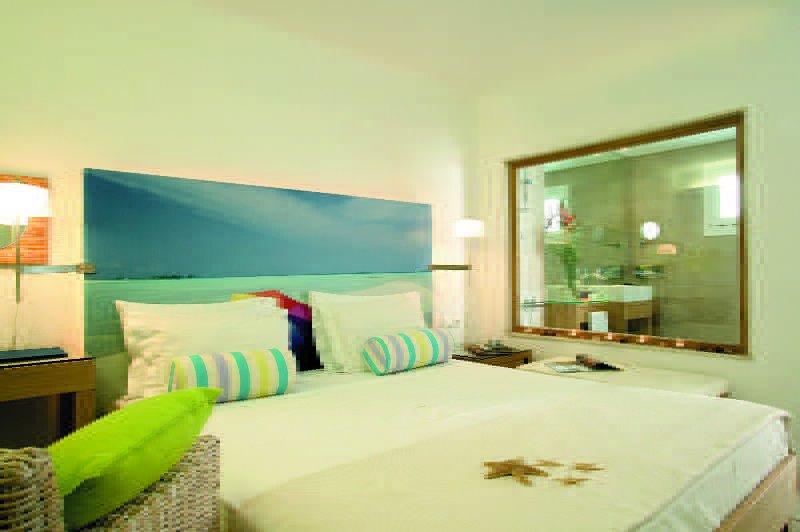 Petasos Beach Resort & Spa, Plati Yialos Beach, Mykonos Image 4
